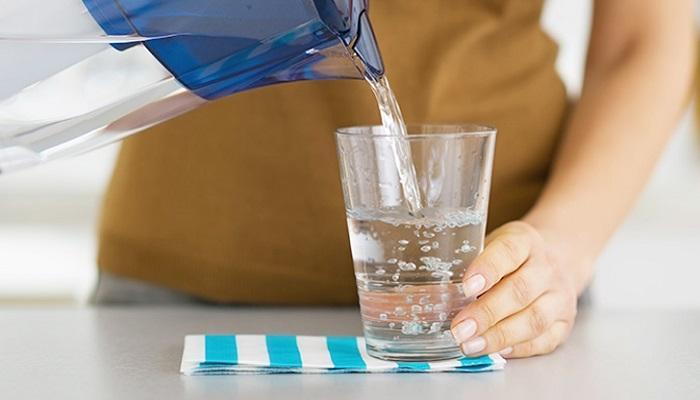8 продуктов, помогающих справиться с задержкой воды в организме.