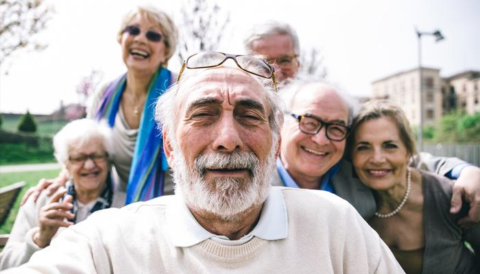 Внезапная перемена: почему люди в старости становятся другими?