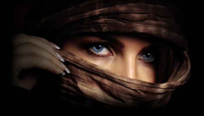 Женщина-загадка идеальная приманка для мужчин.