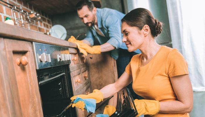 Как разделить обязанности по дому между супругами?