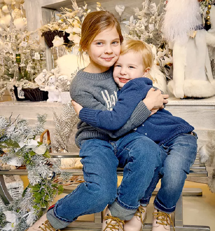 Врачи спасли младшую: Как сейчас выглядят две дочки Ягудина и Тотьмяниной