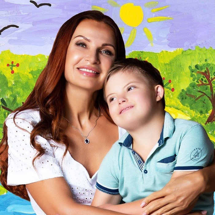 Уже исполнилось 8 лет! Как живет особенный сын Эвелины Бледанс, которому помогли врачи.
