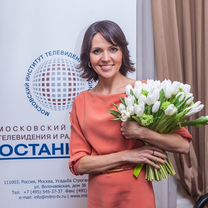 Анастасия Чернобровина: Отношения с Галкиным чуть не положили конец ее карьере ведущей из-за ревности Пугачевой.