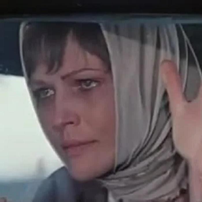 """Она стала звездой фильма """"Полынь-трава горькая"""" и уехала из страны. Обман мошенников и нищая жизнь Ольги Прохоровой за границей"""