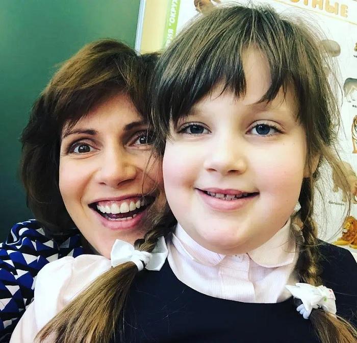 Отказывалась поверить в диагноз ребенка. Светлана Зейналова и ее особенная дочка, которая растет без отца